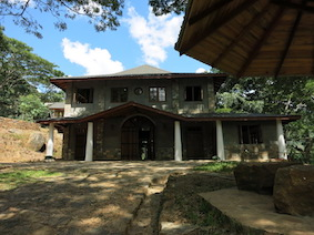 Beautiful and practical: Storage and sorting hall